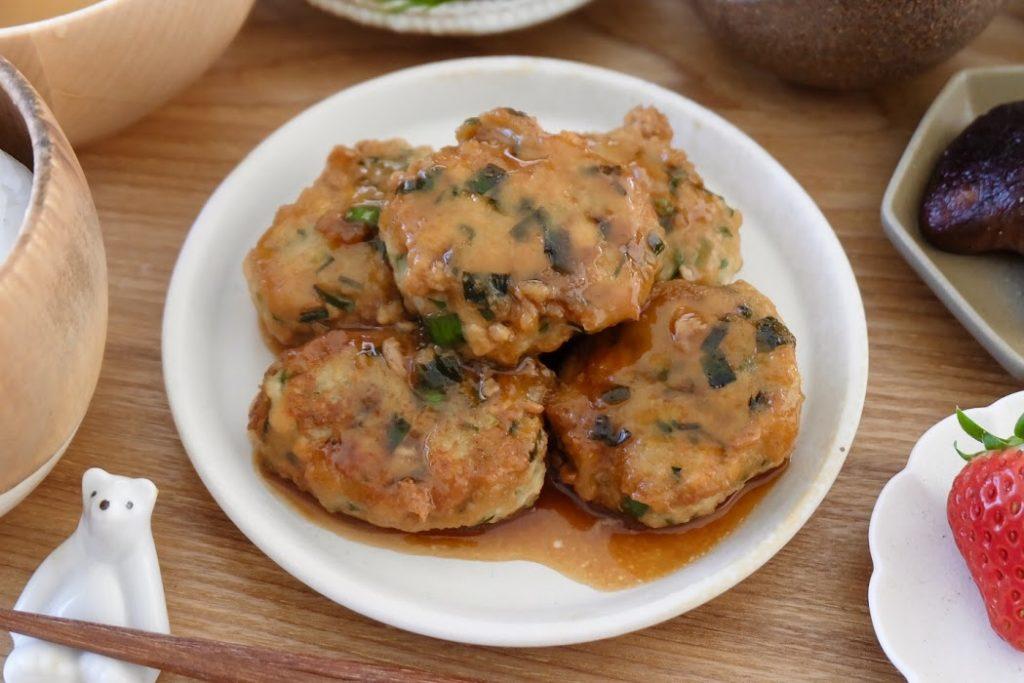 ふわふわ♪鶏団子の照り焼き【平日の時短ごはんレシピ】