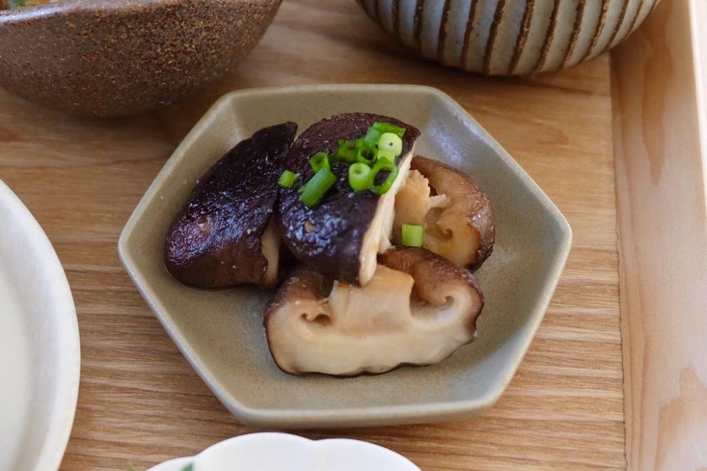 椎茸のバター炒め【平日の時短ごはんレシピ】