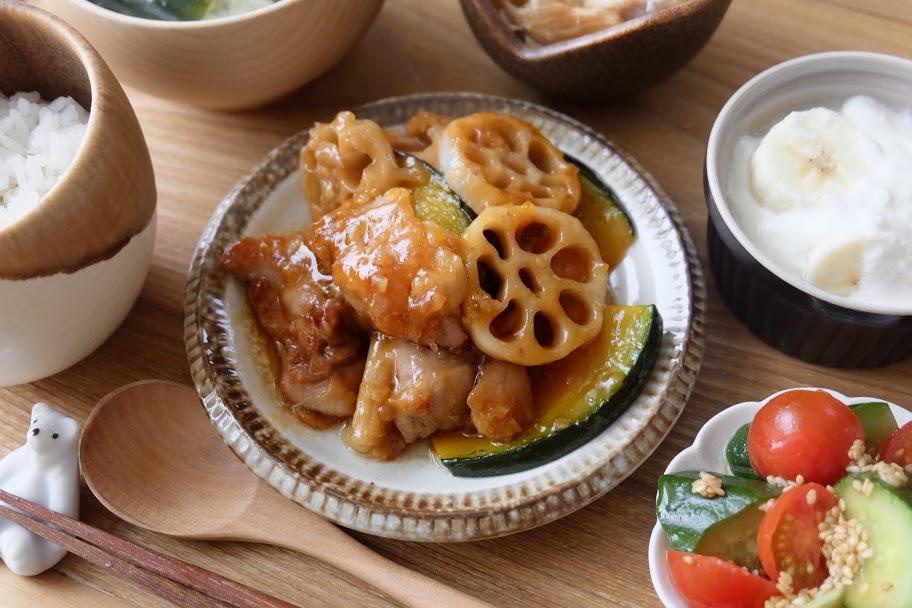 鶏肉と蓮根の黒酢あん【平日の時短ごはんレシピ】