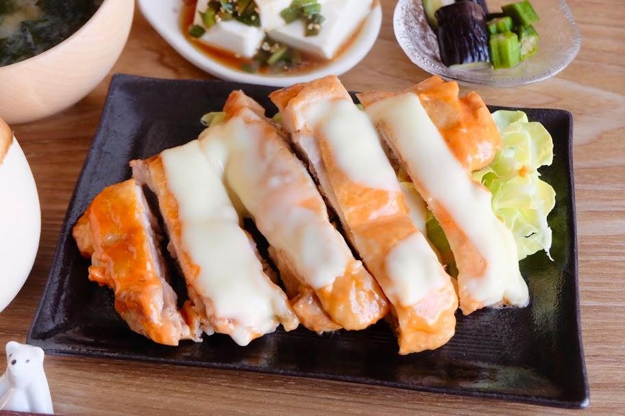 簡単♪鶏肉のチーズ焼き(オーロラソース)【平日の時短ごはんレシピ】