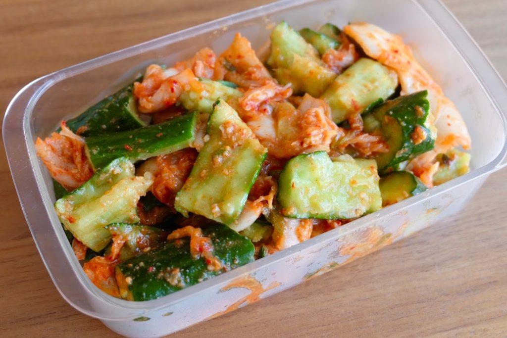きゅうりとキムチのごま和え【週末の作り置きおかずレシピ】