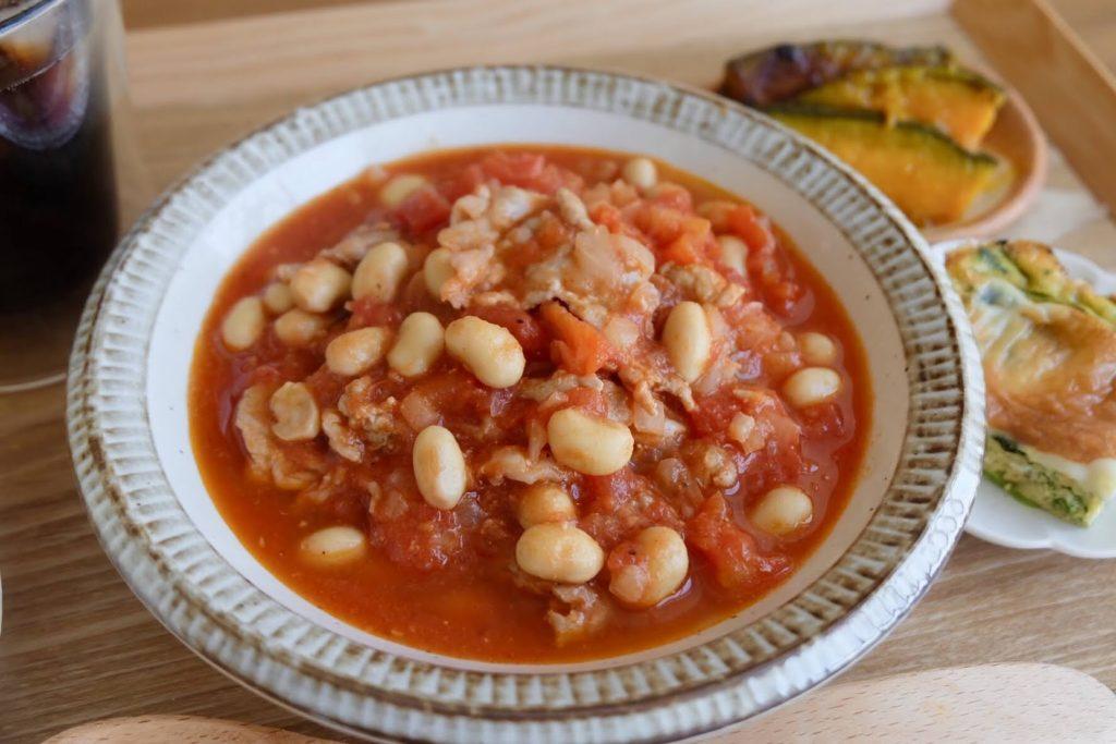 簡単♪大豆と豚肉のトマト煮【平日の時短ごはんレシピ】