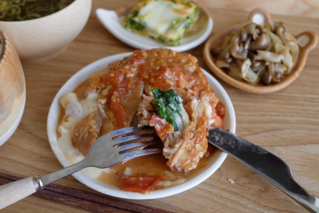 旨い♪まるごとトマトのしそチーズ肉巻き【平日の時短ごはんレシピ】