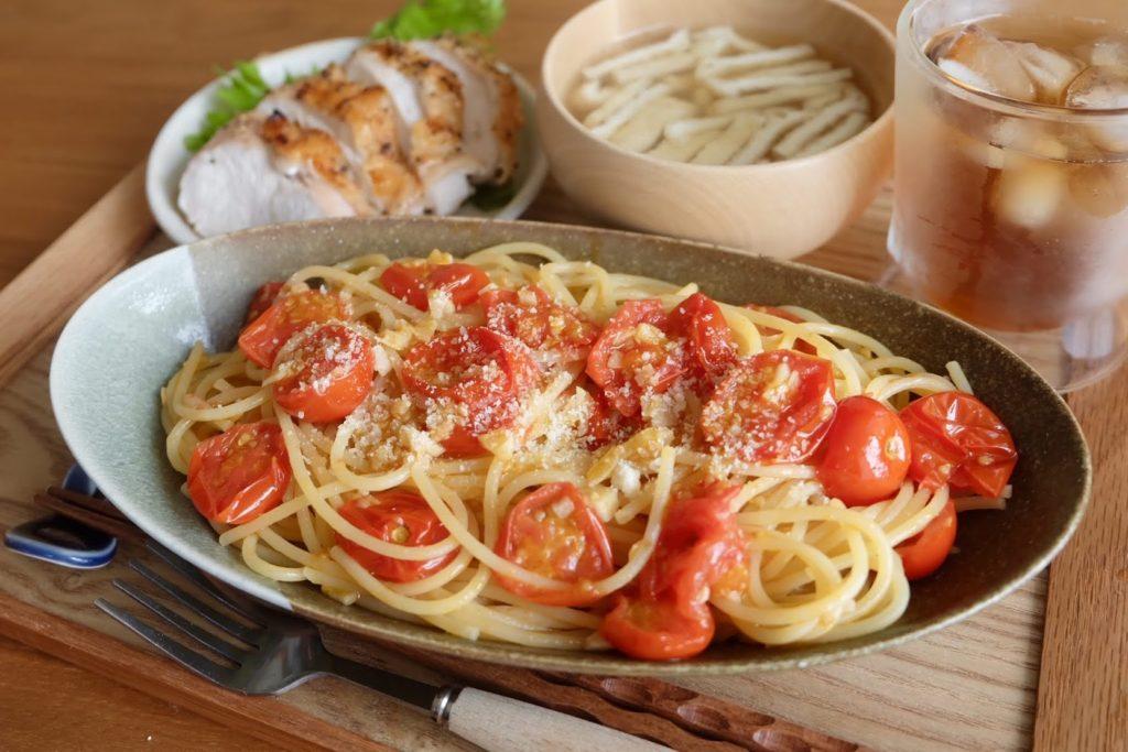 簡単なのに絶品♪フレッシュトマトのパスタ【だしうまレシピ】