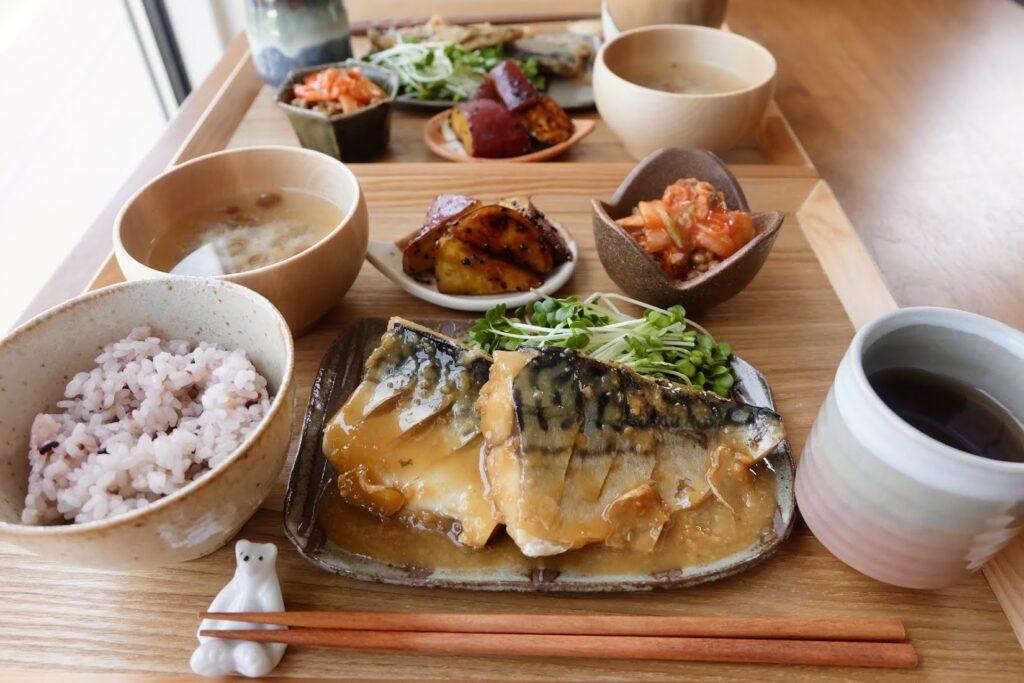 簡単♪サバの味噌煮【平日の時短ごはんレシピ】
