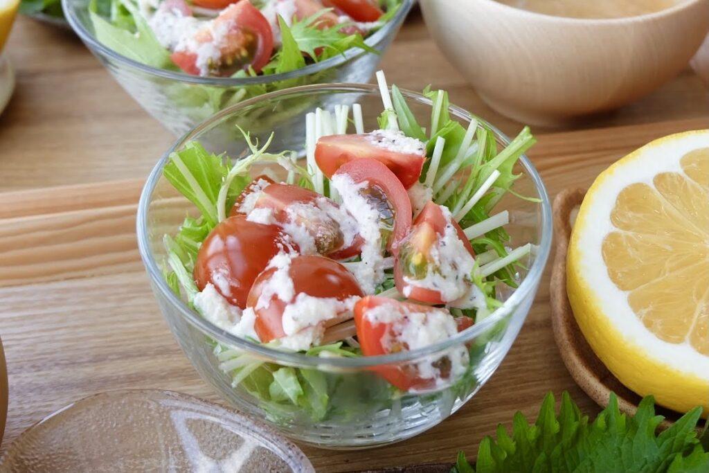 水菜とトマトのサラダ【平日の時短ごはんレシピ】