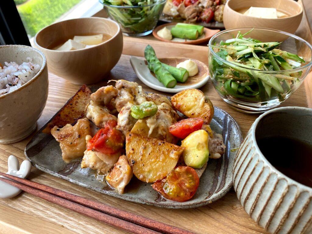 簡単♪新じゃが芋と鶏肉のチーズ焼き【平日の時短ごはんレシピ】