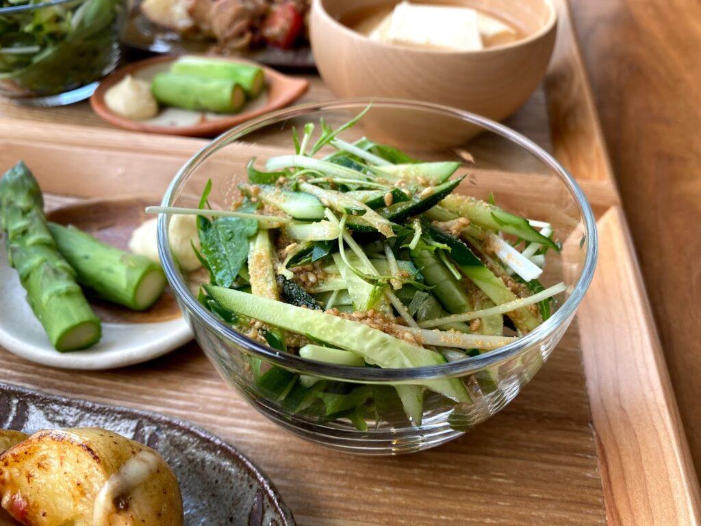 簡単♪水菜ときゅうりのサラダ【平日の時短ごはんレシピ】