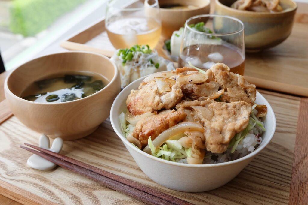 【時短10分】旨い♪パパッと豚生姜丼【平日の時短ごはん】