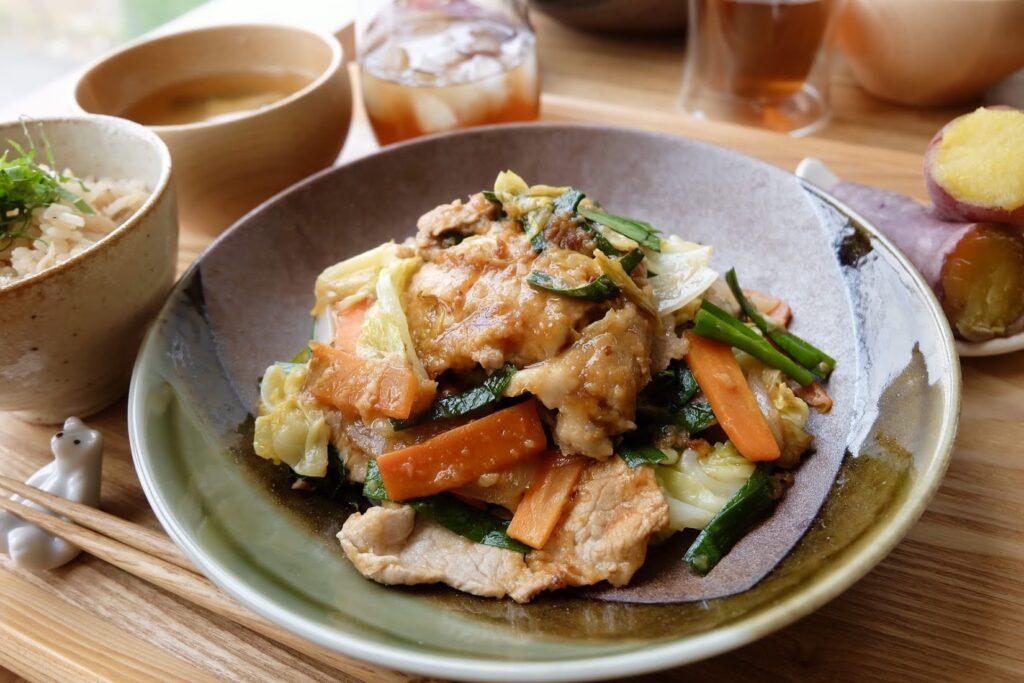 簡単♪野菜がとれる生姜焼き【平日の時短ごはん】