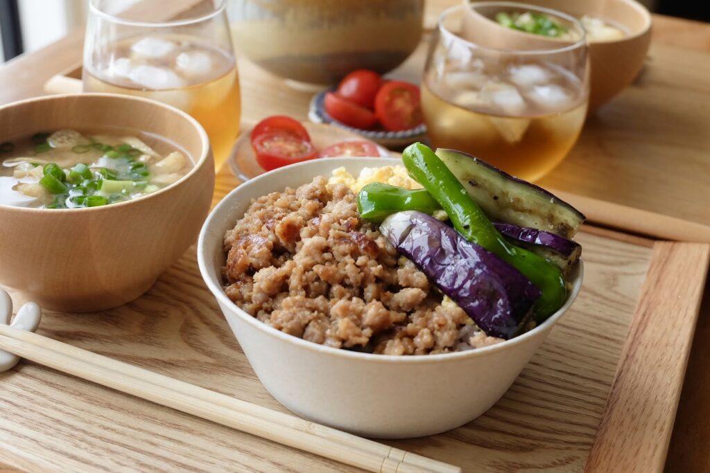 2色そぼろ丼~焼き野菜のせ~